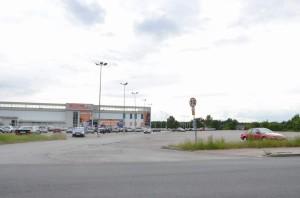 Centrum Handlowo – Usługowego przy ul.Niezłomnych