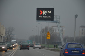 Na ekranach umieszczone będą informacje ostanie dróg.