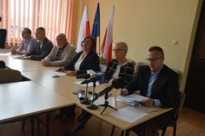 Konferencja prasowa koalicji Stalowowolskie Porozumienie Samorządowe - Platforma Obywatelska, SLD, .N, KOD, Rebelianyty